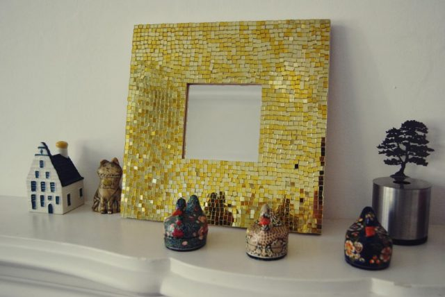 Рама для зеркала из мозаики