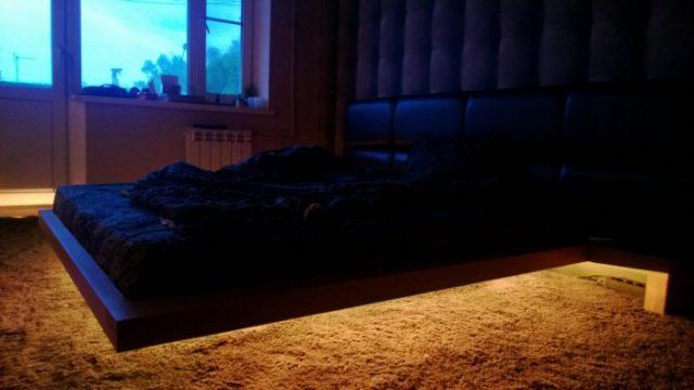 Готовая парящая кровать с подсветкой
