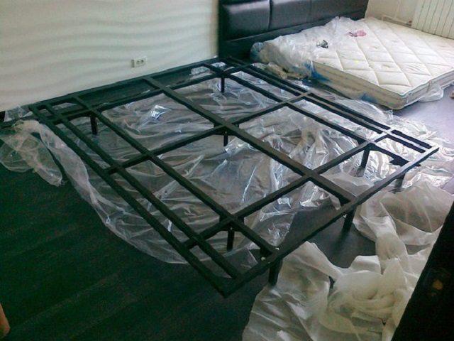 Металлический каркас для парящей кровати